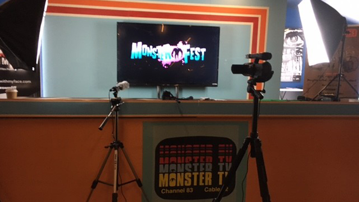 monster-tv-news-desk